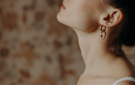 Camille Marguet collection civile 2021 - Bowery + Betty / Boucles d'oreilles Ode